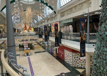 An empty mall during a lockdown. Photo credit: Scott Woodrow via Wikimedia Commons
