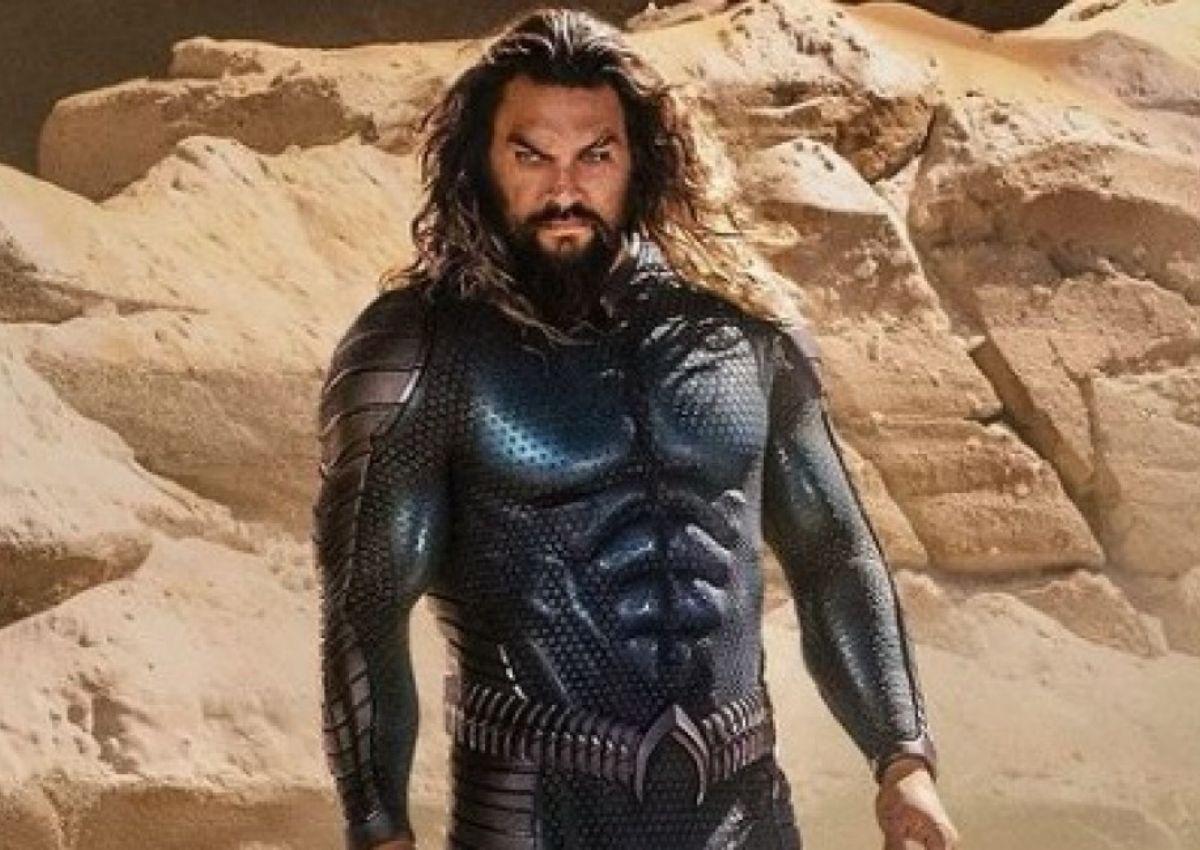 Jason Momoa unveils Aquaman's new stealth suit