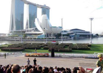 Military parade in Singapore. Photo credit: Seloloving via Wikipedia