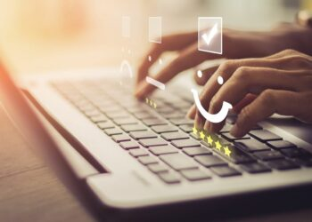 The importance of online customer communication for business