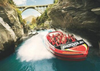 Tourism is one of the areas in which Māori participate in the NZ economy. Photo credit: Shotover Jet