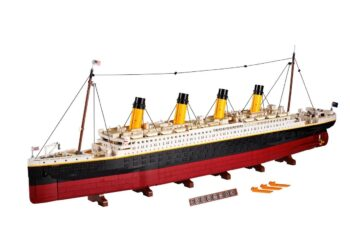 What's that - LEGO set to release a 9,090 piece Titanic set